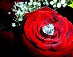 Pesëdhjetë këshilla për jetë të lumtur bashkëshortore !!!