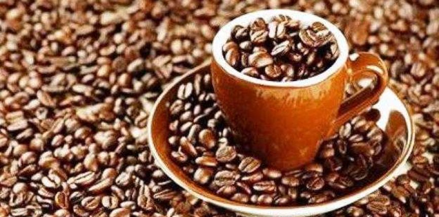 Konsumi i tepërt i kafeinës, alkoolit dhe duhanit