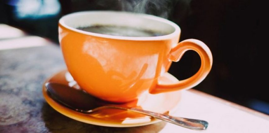 Dëshironi të kapërceni varësinë ndaj kafesë? Ja 7 këshilla që duhet të dini
