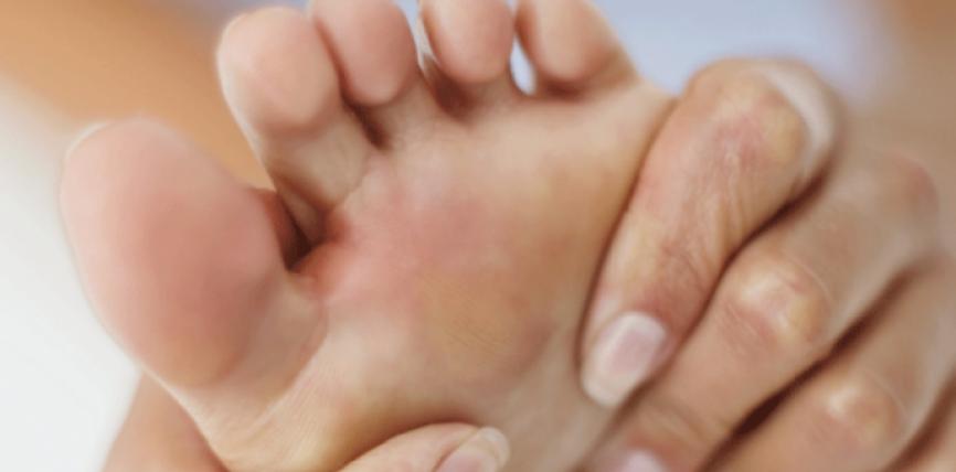 Mos injoroni këto 3 simptoma të këmbëve, mund të paralajmërojnë një problem të madh shëndetësor