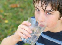 Fito 50 sevape sa herë që pi ujë!?