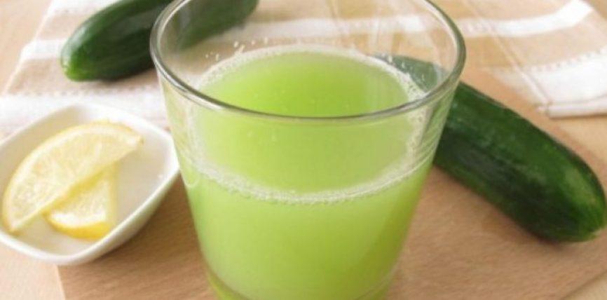 Konsumojeni këtë pije me kastravec e limon para gjumit dhe do të humbni të gjitha kilet e tepërta