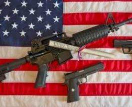 Amerikë, mësuesve u lejohet të bartin armë