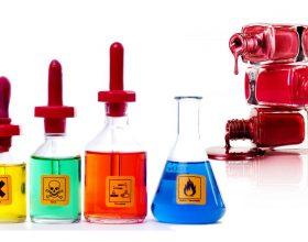 10 kimikatet me toksike qe duhet t'i evitoni nga kozmetika juaj