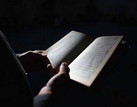 Suret Kuranore që duhet të lexohen kundër stresit dhe depresionit