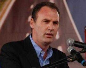Limaj kërkon rrëzimin e PDK-së (VIDEO) Deputeti Fatmir Limaj edhe zyrtarisht ka kërkuar ndryshimin e qeverisjes komunale në Malishevë, duke e përkrahur Iniciativën Qytetare për Malishevën