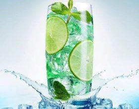 Rënia në peshë – kokteijl me limon dhe mente