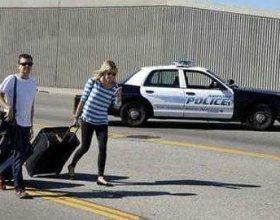 Los Anxhelos, sulm dhe viktima në aeroport