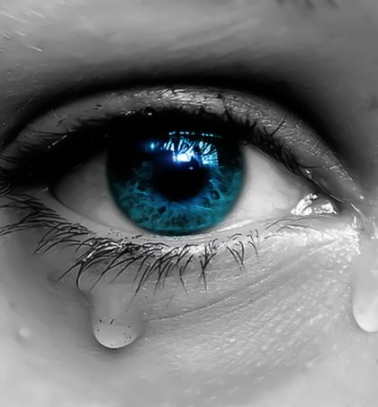 Përse qan moj nënë?!