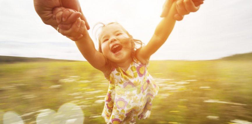 """""""E pakta që të bën të lumtur është më e mirë se e shumta që të bën të mjerë"""""""