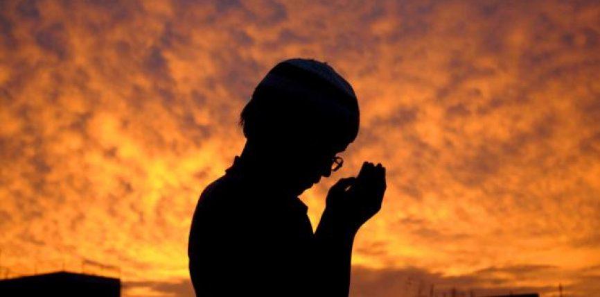 Kur të lutesh mos u nxito!