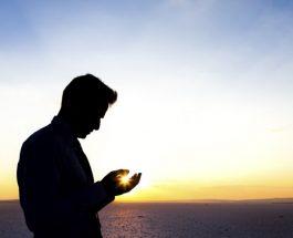 Kush e bën këtë dhikër, i falen gjynahet, dhe nëse bën ndonjë lutje tjetër, lutja i pranohet
