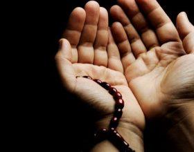 Në ditën e xhuma është një orë që pranohen lutjet!