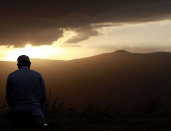 Kjo është lutja me të cilën Profeti (Paqja qoftë mbi të!) lutej për mbrojtjen hyjnore për Hasanin dhe Husejnin