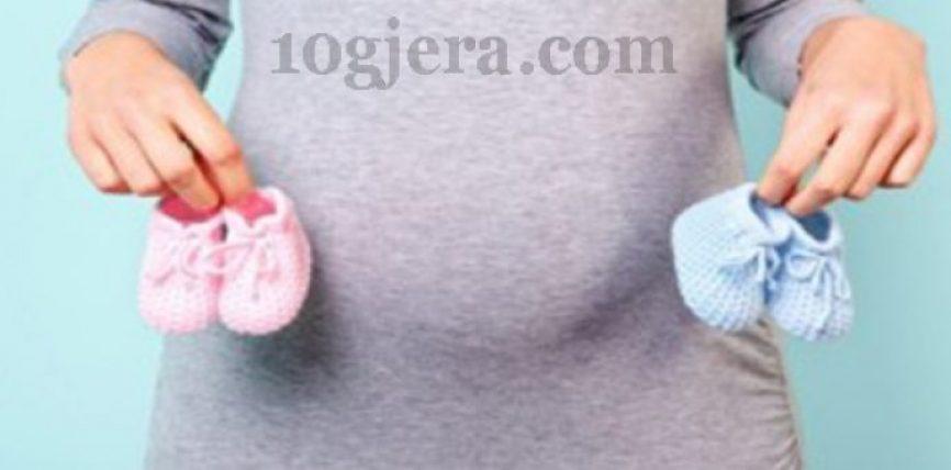 Nëna a e keni ditur se si ndryshon trupi i një shtatzëne në varësi të gjinisë së foshnjes? Ja si ta kuptoni që bebja mund të jetë djalë po vajzë