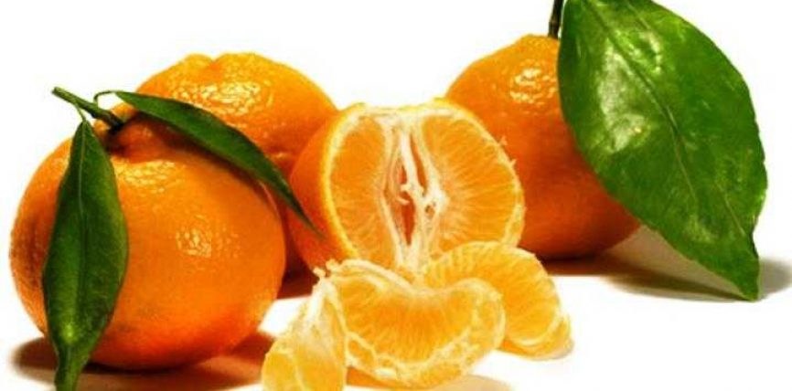 Mandarina,vetitë ushqyese