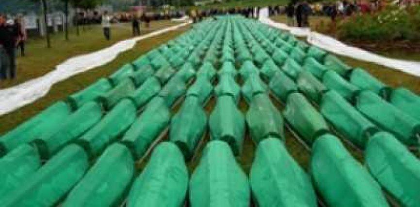 Nikoliç provokon sërish: Nuk ka ndodhur Masakra e Srebrenicës