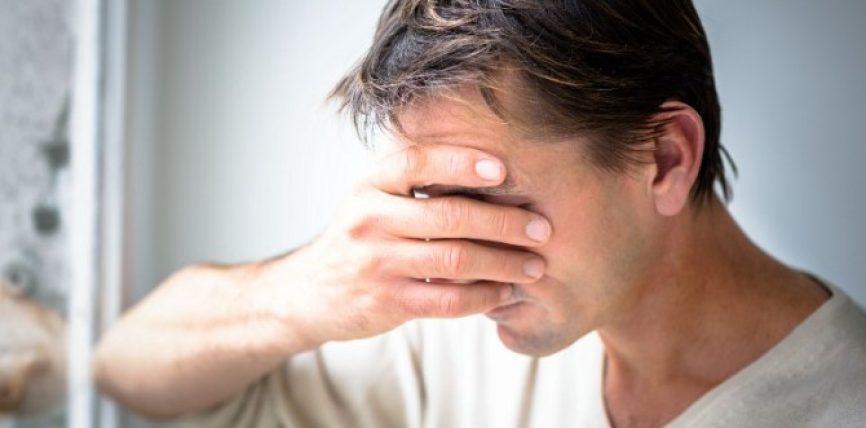 Hiqni dhimbjen e kokës në vetëm 5 minuta. Nuk ka rëndësi sa e fortë është