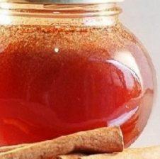 Mjaltë dhe kanellë, ja çfarë sëmundjesh kurojnë