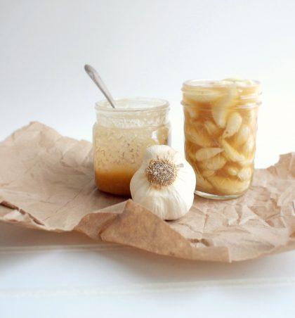 Mjalti i hudhrave është një recetë që mund të përdoret për shumë sëmundje