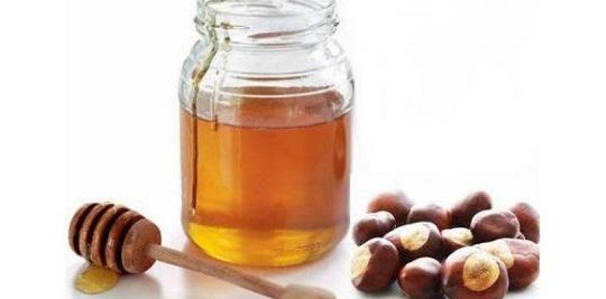 Përfitimet e ujit me mjaltin në një stomak bosh