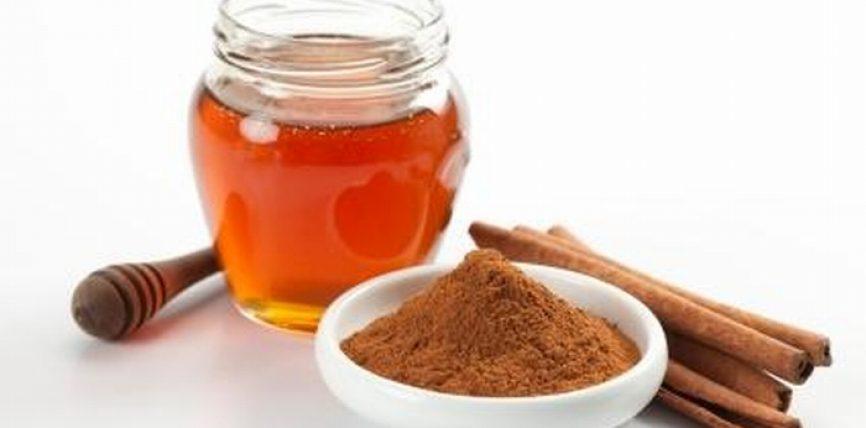 Si t'a përdorim mjaltin me kanellë kundër lodhjes ?