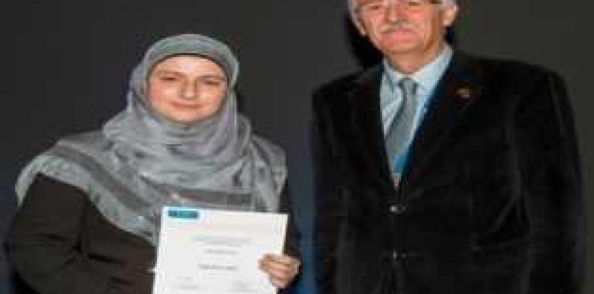 Studiuesja muslimane, sërish merr çmimin ndërkombëtar për mjekësi