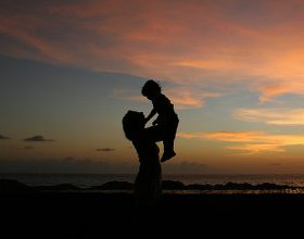 10 karakteristikat që do ju ndihmojnë të jeni një nënë e suksesshme