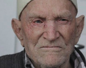 104 vjeçari nga Vitia tregon ushqimet që e ndihmuan të jetojë kaq gjatë ,këto ushqime të gjithë i njihni por për fat askush nuk i konsumon