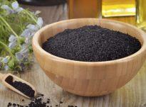 Vaji i fares se zeze ka perberes antimikrobiale dhe anti-tumoriale ndaj mikrobeve dhe kancereve të ndryshëm