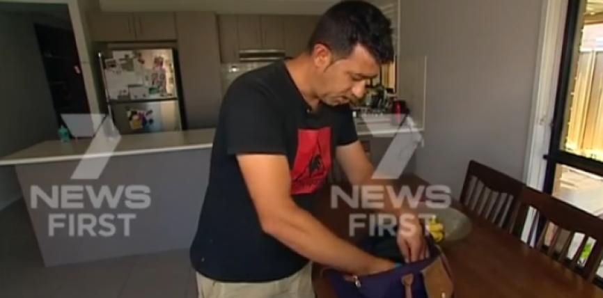Shqiptari në Australi gjen një çantë me para dhe ja dorëzon pronares