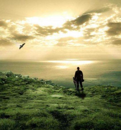 Nëse ndonjë nga shërbëtorët e Allahut, i goditur nga pikëllimi ose dëshpërimi, bën këtë lutje, atëherë ajo do të pranohet