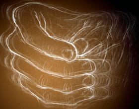 Dridhja e duarve – Pse ???