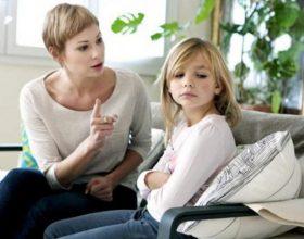 Prindër, mos i bërtisni asnjëherë fëmijës tuaj
