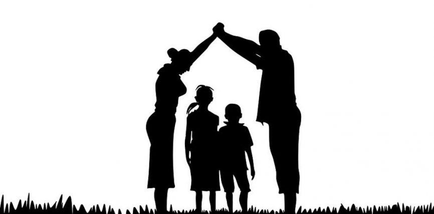 Perëndimi po i kthehet shtëpisë dhe fëmijëve