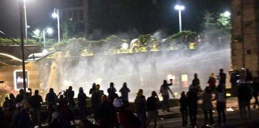 Turqi, pas protestave qëndrojnë hebrenjtë(Loja e madhe video)