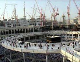 Vazhdon zgjerimi i Qabes, ku do të falen njëkohësisht 1.5 milion vetë