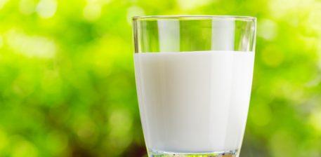 Qumështi më i mire është qumështi i nënë