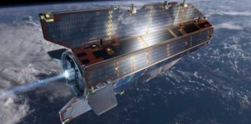 Sateliti bie sonte në Tokë, s'ka rrezik për njerëzit