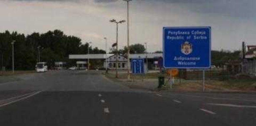 Serbia plaçkitë kosovarët
