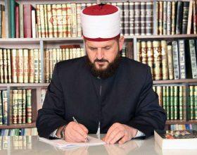 Shefqet Krasniqi: Mos më shtini me e thirrë ezanin midis Parlamentit (VIDEO)