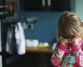 Arsyeja pse ju nuk duhet të ngrini dorë ndaj fëmijës tuaj është serioze, ja cfarë dëmi i shkaktoni dhe si duhet të veproni