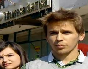 Mbyllen dhjetë programe të disperzuara të USHT në Shkup, studentët revoltohen