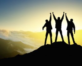 10 rregulla që përmbajnë lumturinë!