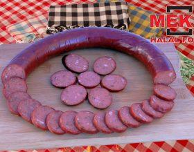 Pronari i fabrikës për përpunimin e mishit MEKA  u ka dhënë punëtorëve pagën e 13-të dhe 14-të.
