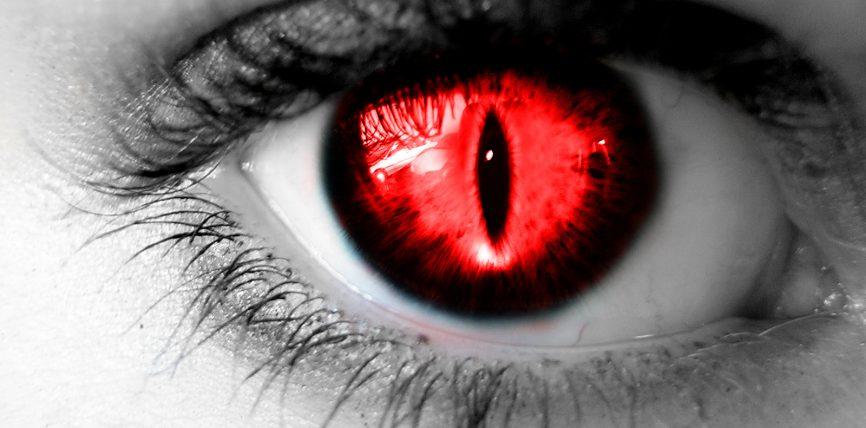 7 simptoma të syrit të keq dhe hasedit (smirës,xhelozisë)