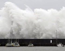 Tajfuni në Japoni. Pamje trishtuese.  Zot na ruaj nga fatkeqësitë!