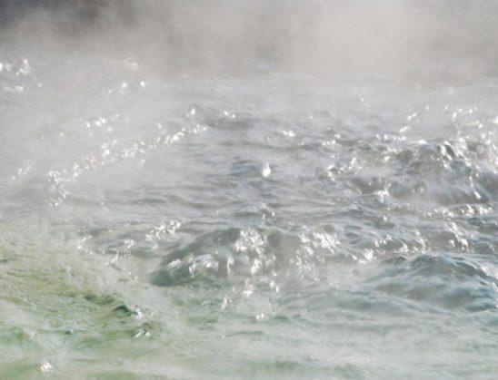 Rukje e fuqishme kunder magjise me uje te xhenazes (te te vdekurit)