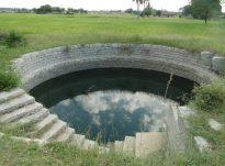 Pse Muhamedi (savs) e ka ndaluar urinimin në ujë?