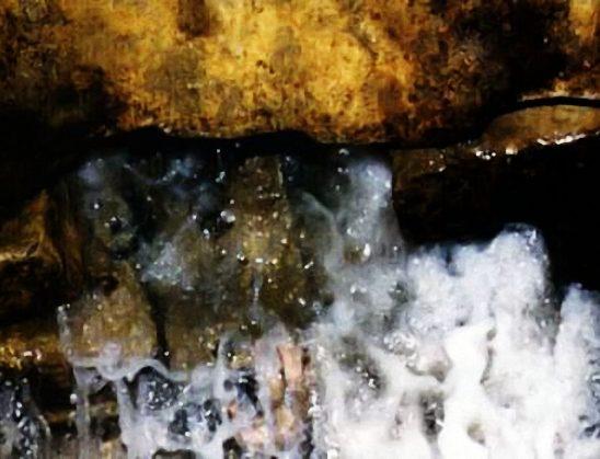 Hadithe mbi rëndësinë e ujit të Zem-Zemit
